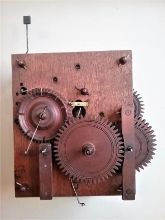 movements shelf clock