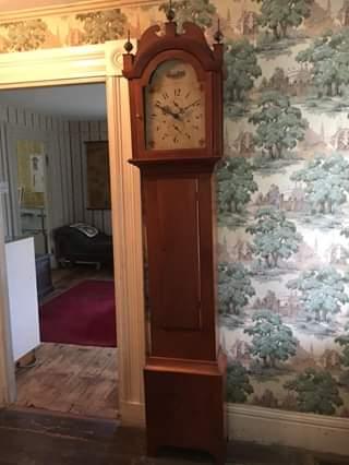1815 Silas Hoadley clock.jpg